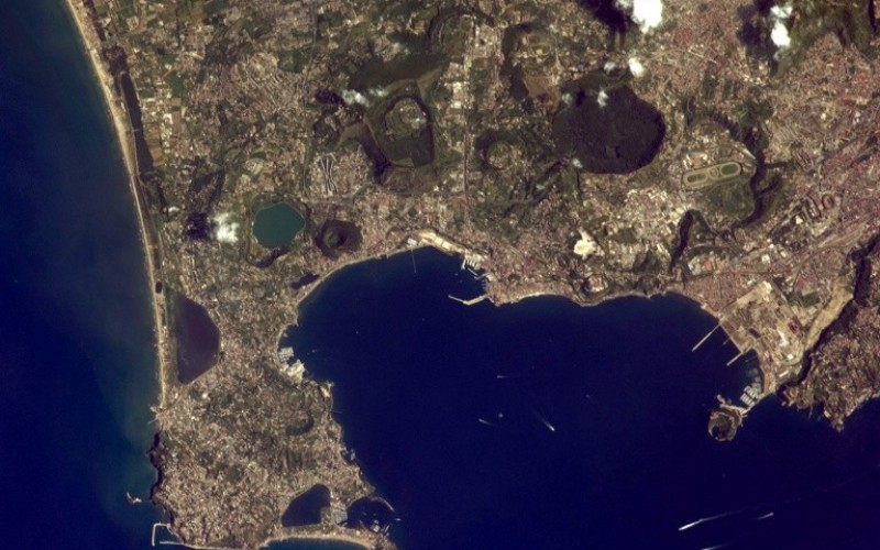 22/01/15 Dalle geosinclinali alle zolle litosferiche. La Geologia a Napoli durante l'avventura scientifica degli anni '60.