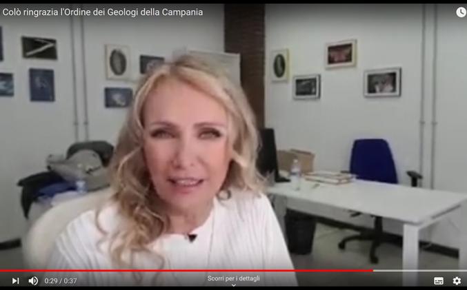 Licia Colò ringrazia l'Ordine dei Geologi della Campania